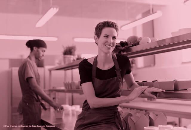 """Rita Huber: """"Meine Leidenschaften sind Kochen, Essen und Lachen, also das, was ich immer und überall von Herzen gerne tue."""""""