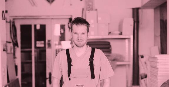 """David Witzeneder: """"Ein einfaches und zufriedenes Leben mit einer spannenden Arbeit hat Qualität."""""""