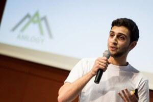 Arkadi Jeghiazaryan _ Founder Amlogy GmbH (C) StartUp Live